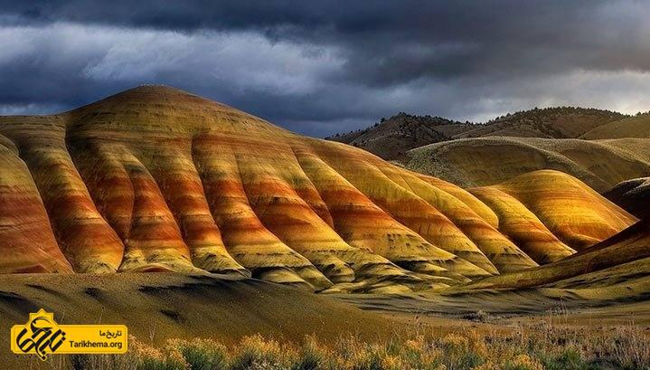 کوه های رنگین کمانی چین