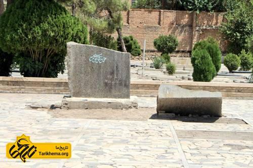 حمله به مصدق در گورستان هم ادامه دارد