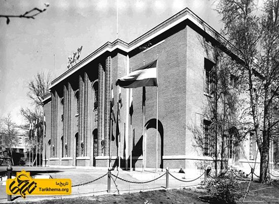 کتابخانه ملی ایران افتتاح شد