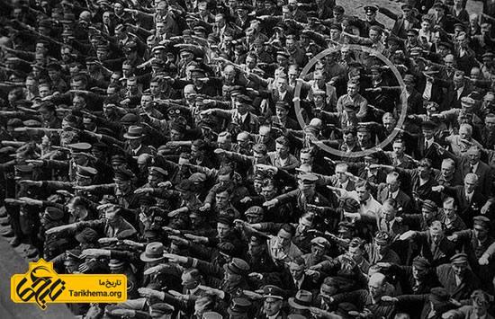 مردی که دستش را برای احترام به هیتلر بلند نکرد!