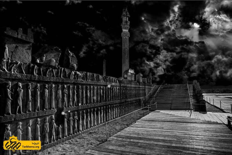 پلکانهای کاخ  اپادانا