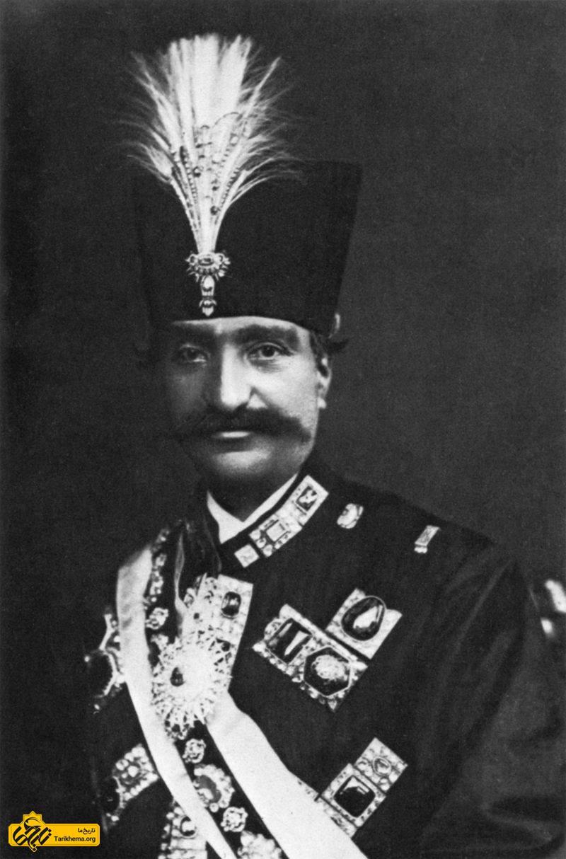 ناصرالدینشاه پادشاه ایران در آتلیه نادار