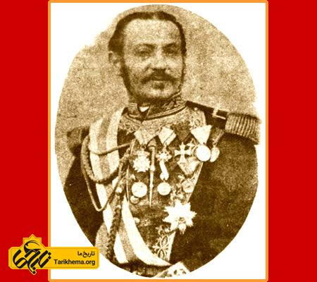 کنت دومونت فرت (Conte de Monte Forte) با نام کامل آنتوان دمونته فرت (زاده ۱۸۷۸ ناپل - درگذشته ۱۹۱۶ تهران) اولین رئیس پلیس ایران بود. در سال ۱۸۷۸ میلادی، ناصرالدین شاه از امپراتور اطریش درخواست مستشار نظامی نمود. امپراتور چهار نفر مستشار نظامی را به ایران فرستاد که یکی از آنان کنت دومونت فرت بود. کنت موفق شد یک سال بعد نظامنامه نظمیه ایران را به تصویب شاه برساند.