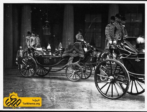 ناصرالدین شاه در نخستین سفر به فرنگستان در بریتانیا.