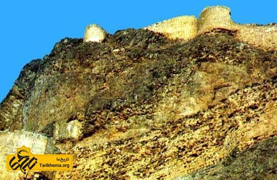 اسماعیل میرزا بیش از ۱۹ سال در قلعه قهقهه زندانی بود.
