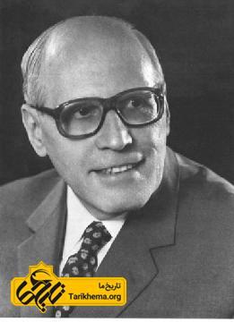 والتر هینتس (به آلمانی: Walther Hinz) (متولد ۱۹ نوامبر ۱۹۰۶ در اشتوتگارت - درگذشت در ۱۲ نوامبر ۱۹۹۲ در گوتینگن) یکی از دانشمندان شاخص در میان دهها ایرانشناس بزرگ آلمانی است که در دو سده گذشته، پژوهشهای بنیادین و بیهمتایی را به جهان ایرانشناسی عرضه داشتند.
