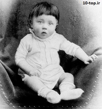 بچگی آدولف هیتلر