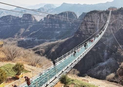 طولانی ترین پل شیشه ای جهان