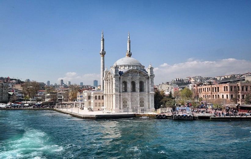 خرید تور استانبول و بازدید از برج دختر استانبول
