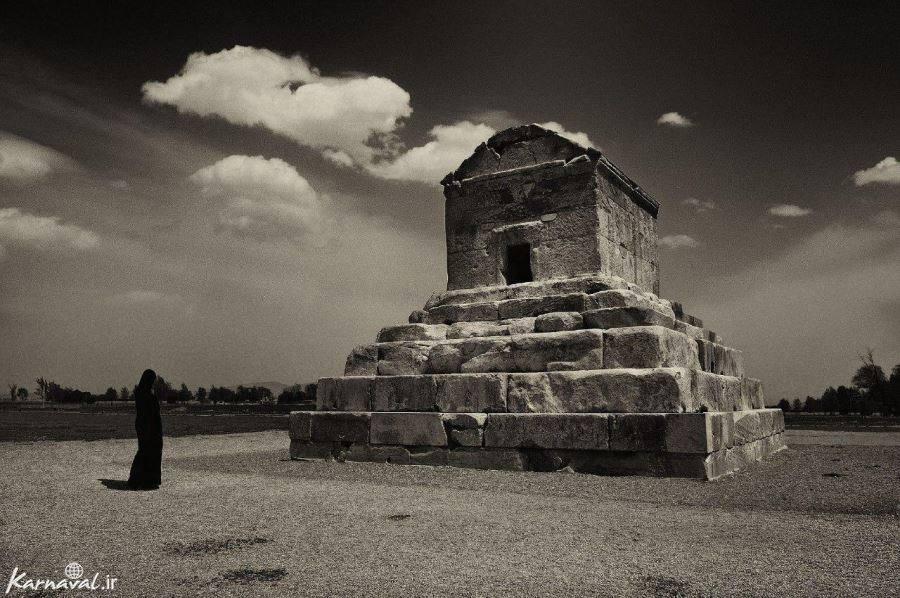 عکسهای با کیفیت بالا از پاسارگاد آرامگاه کوروش بزرگ زندگی کوروش کبیر و  مقبره به جامانده از شکوه و قدرت ایران باستان - باستان شناسی و ذکر و دعاهای  قرآنی