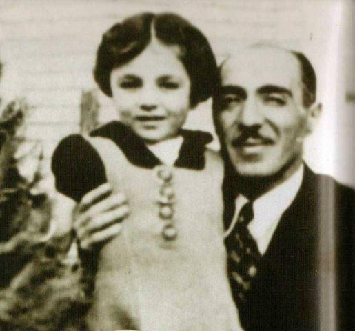 عکس کودکی فرح پهلوی با پدرش