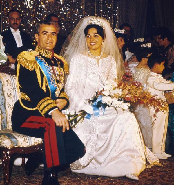 عروسی فرح دیبا و محمدرضا شاه پهلوی با ناگفته ها از نحوه آشنایی