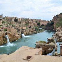 تعویض و بروزرسانی تابلوهای محوطه سازههای آبی تاریخی شوشتر