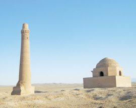 معماری دوره غزنویان تنها در سنگ بست فریمان بهچشم میخورد