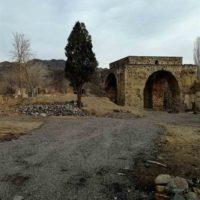 آغاز عملیات آوار برداری و تسطیح اطراف آتشکده ساسانی نطنز
