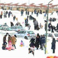 استقبال بی نظیر مردم تكاب از نخستین جشنواره زمستانی تخت سلیمان