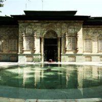 اطلاعات کاخ موزه سبز، به زبان چینی ترجمه شد